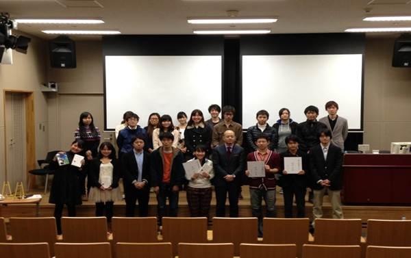 「もし高校野球部のマネージャーがドラッカーのマネッジメントを読んだら」著者、岩崎先生をお呼びしてのイベント写真